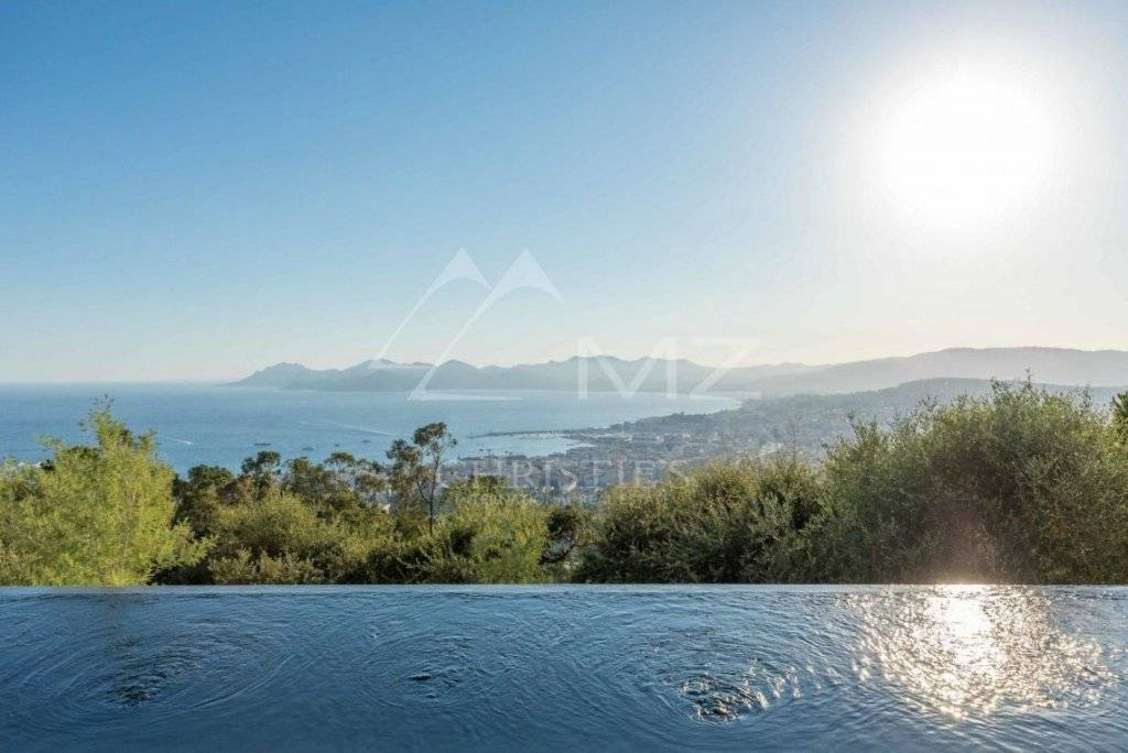 FOR SALE - CANNES - SUPER CANNES - NEW RESIDENCE
