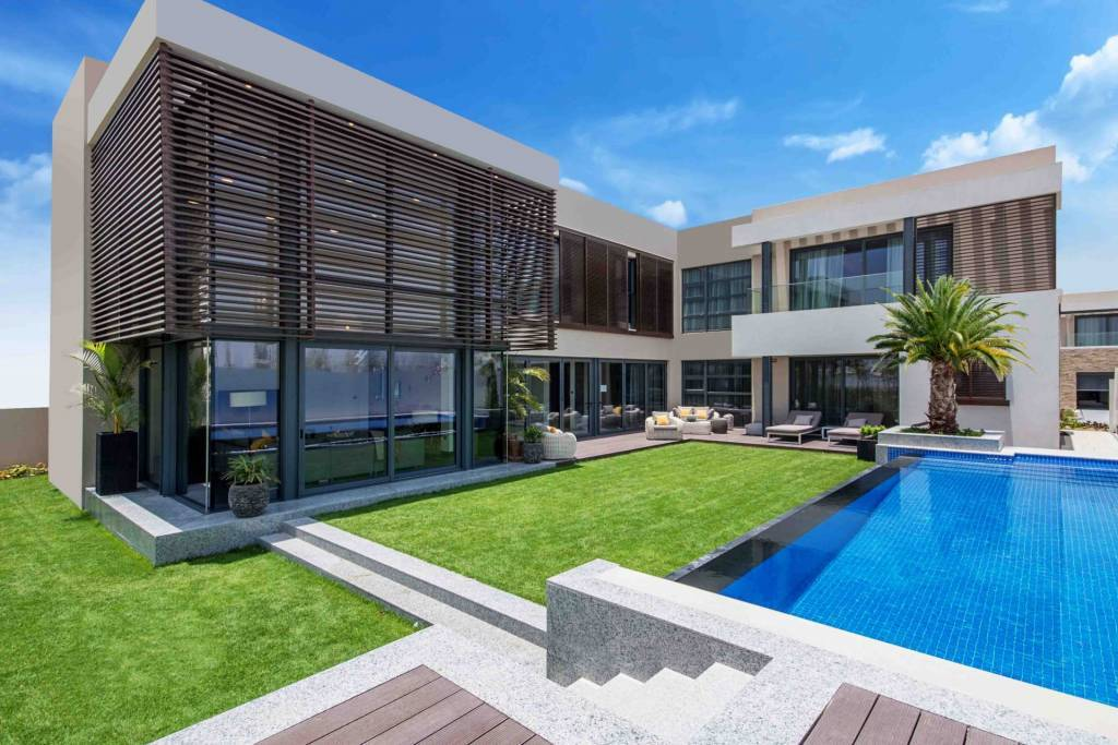 AN UNPARALLELED LIFESTYLE IN THE HEART OF DUBAI - FOREST VILLAS