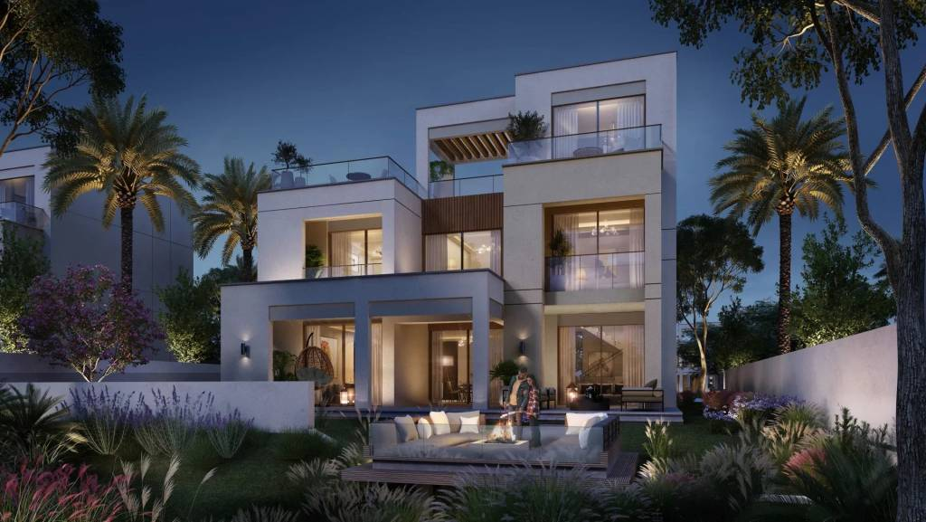 PRIME VILLA WITH HUGE TERRACE IN THE MOST SOUGHT AFTER COMMUNITY