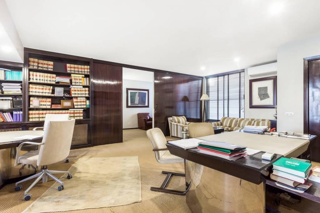 Duplex office to renovate located in El Viso