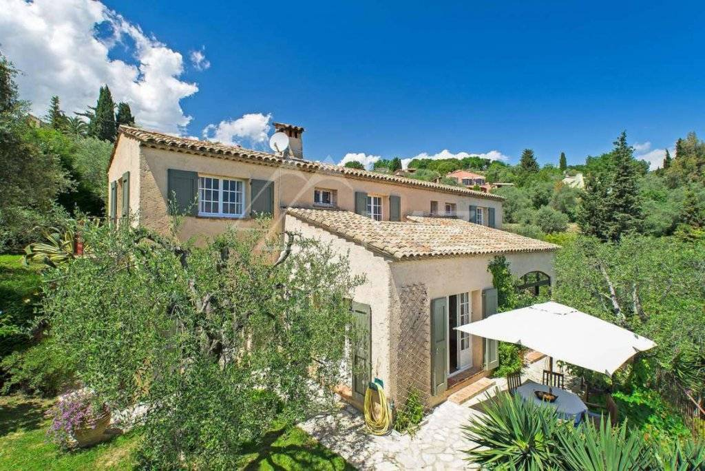 Beautiful Provencal Property For Sale in Opio France