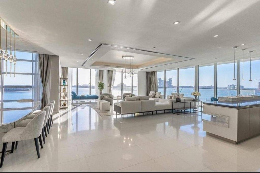 Presidential Top Full Floor Penthouse with Unparalleled Views