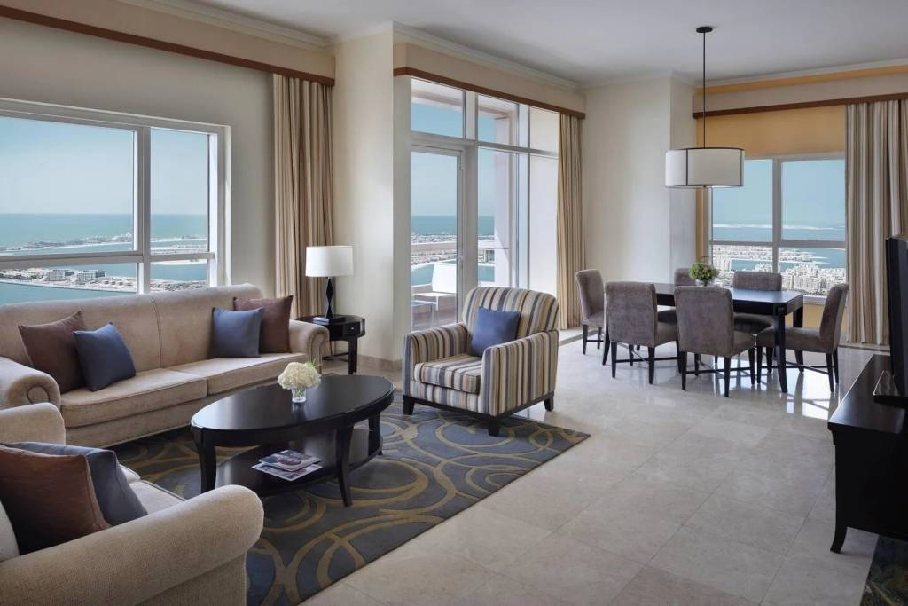 SPECTACULAR VIEWS | 5 - STAR HOTEL LIVING | ALL BILLS INCLUDED