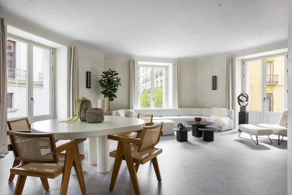 Stylish refurbishment in Palacio