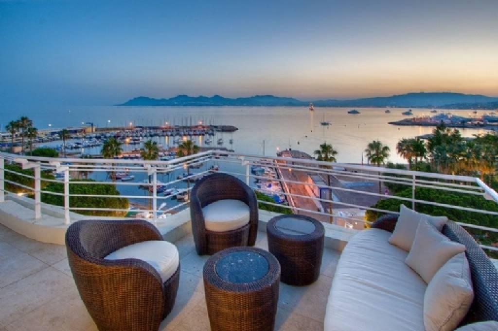 Attractive penthouse - duplex