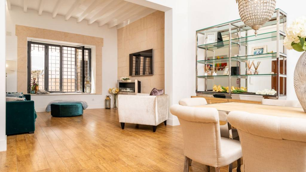 Magnificent flat in the historic centre of Palma.