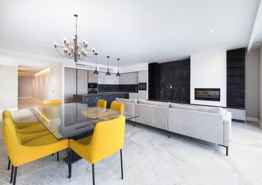 Spectacular Duplex Penthouse in Sliema