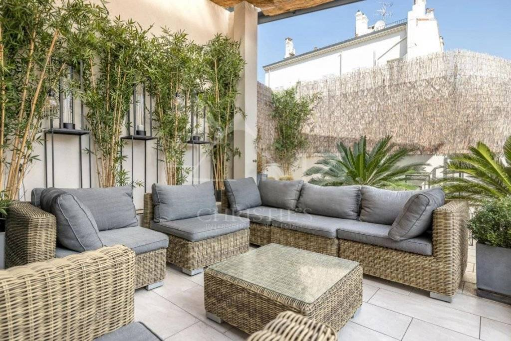 FOR SALE - CANNES - BANANE - 4 BEDROOM APARTMENT