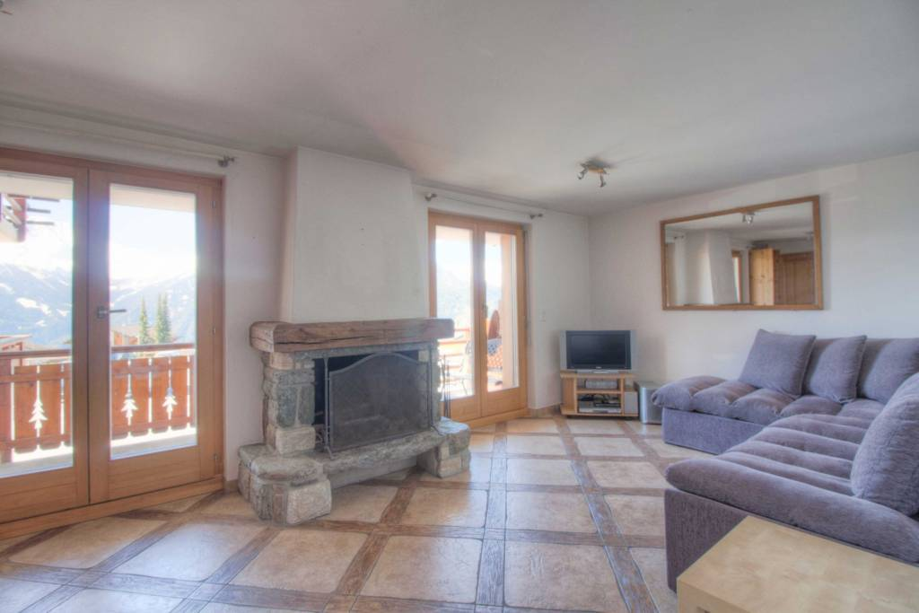 Charming south facing apartment central Verbier