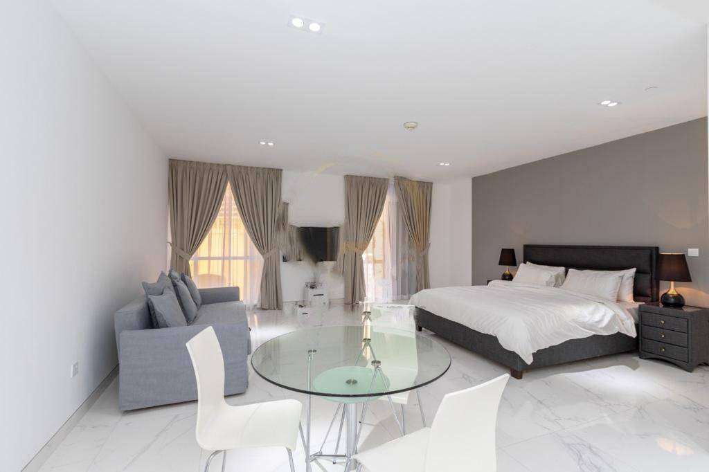 2 5 Jumeirah Beach Residence (JBR)