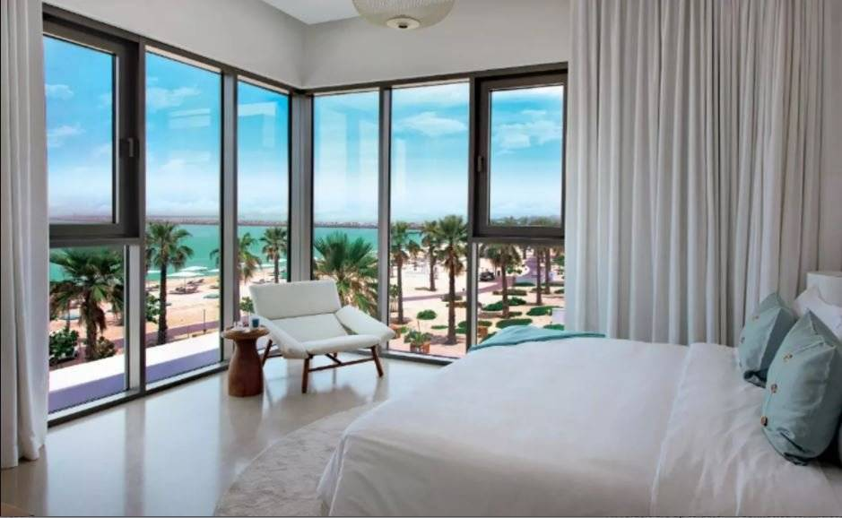 Luxurious & Exclusive Apartment with Magnificent Sea Views