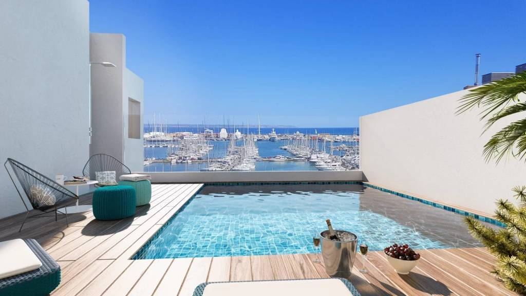 New Built Penthouse with Sea and Harbour Views.