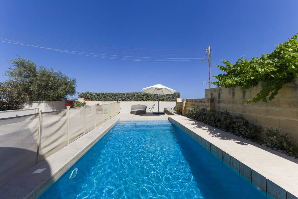 Modern Villa with Pool and Countryside View in Naxxar