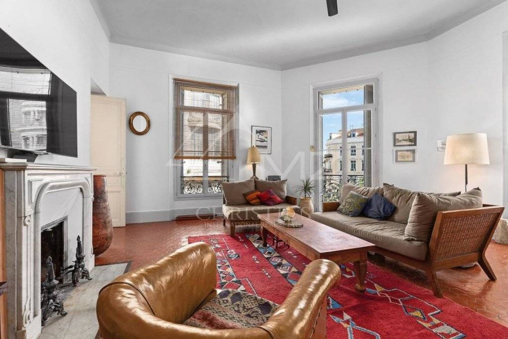 City Center Apartment For Sale in Cannes France