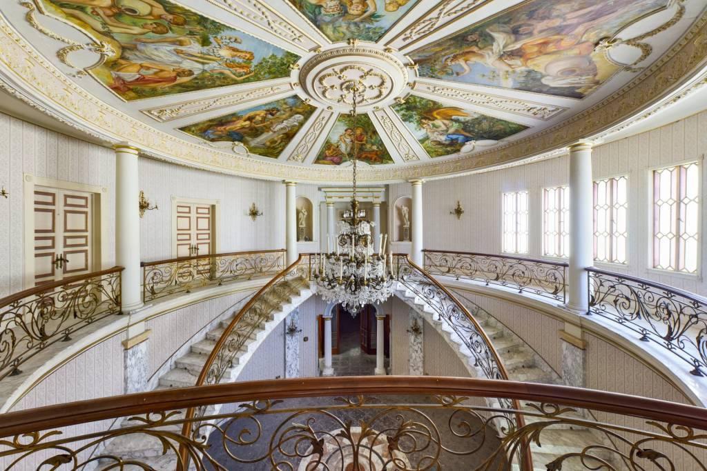 Fully Detached Palatial Villa in Balzan